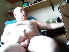 grandpa bottom play on cam