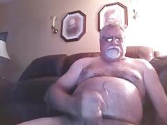 grande bear stroke his cock on cam (no cum)