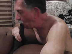 MikeySucksiT in CUMWHORE loves to DEEPTHROAT