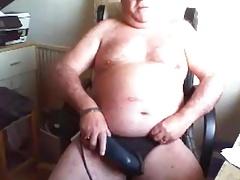 grandpa play on cam (no cum)
