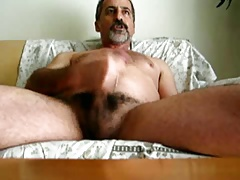 bearded daddy bear cumming