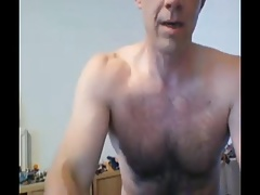 dad strips naked during workout