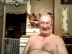 grandpa play in webcam