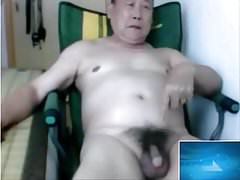 azia old man jerk in the webcam
