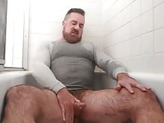 Handsome Bear Pisses & Cums in the Tub