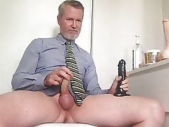 Jackoff play poppers on cam.