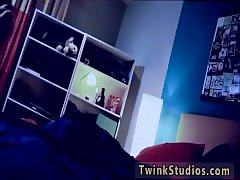 Gay twinks sucking balls movie He