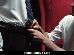 Mormonboyz - Sexy older man opens up Mormon boys bubble butt