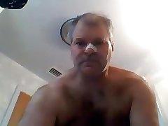 Brtoken nose and horny 27717