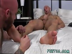Photo gay suck young foot and actor open