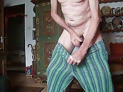 Wichssucht - In die Hose gespritzt