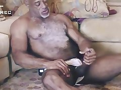 Hot muscled mature black guy wanking