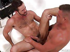MenOver30 Mike De Marko Makes Daddy Hard