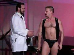 Muslim gay nude video porn xxx Brian Bonds heads to Dr.