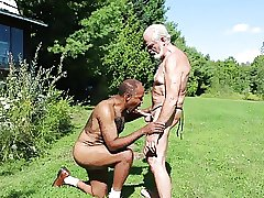 Interracial Daddies suck each other (GBMbjblownESMEv01)