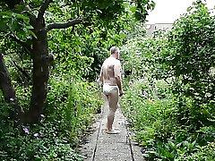 garden stroke