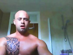 Sexy Australian Hunk Talks Dirty While Jacking Off