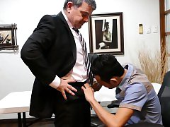 Asian twink blows boss at salary negotiation