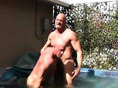 Muscly mature bareback
