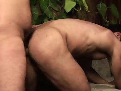 Awesome Gay Bear Pounding