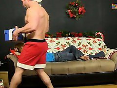 Gay twinks Patrick Kennedy catches hunky muscle man Santa de