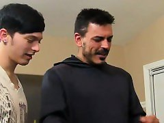 Hot gay scene Muscled daddy Collin loves to get a lil' insat