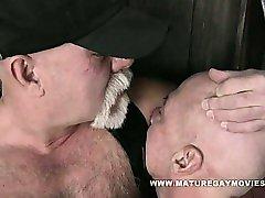 Bear Mac Brody Fucks His Skinny Leather Friend