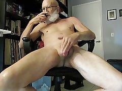 Big Beard Cums