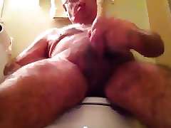 Daddy bear handjob and cum