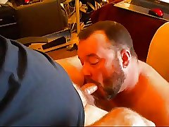 Cumming at the daddy's face