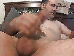 gaydaddy wanking and cumming 31817
