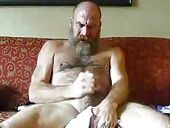Hot bear jacking off