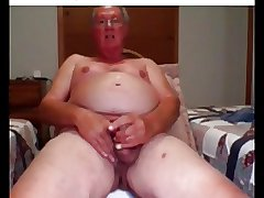 he cum on webcam