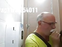 Dad en toilette