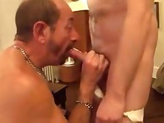 Slut Dad gives his hawt buddy an astonishing oral stimulation pt1