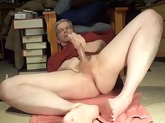 More masturbating Daddy