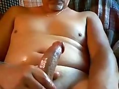 NY Straight daddy busts his nut on cam