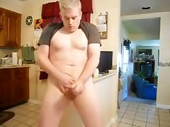 Daddy playing in the kitchen