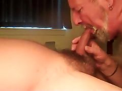 Married Latino feed the Daddy Bear