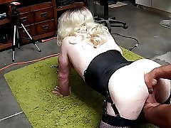 Training my sissy ass to take a fist