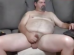 Bear Jerk Off
