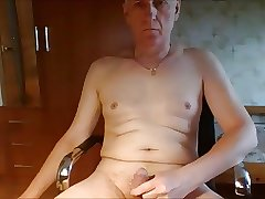 Russian grandpa daddy wanna play