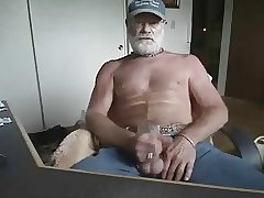Daddy jerking on cam