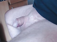 Kleiner Schwanz spritzt