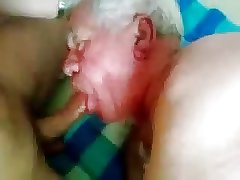Mature silver old men sucking a nice cock