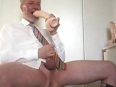 My new Jeff Stryker dildo feels so good!