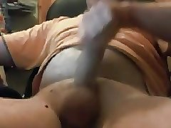 Sexy big dicked daddy cumming