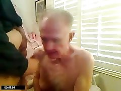 Grandpa suck another mature men in front of the camera