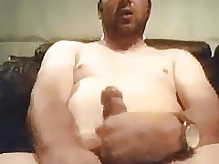 Stocky dude with cum fontain