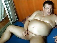 daddy bear shoot his load
